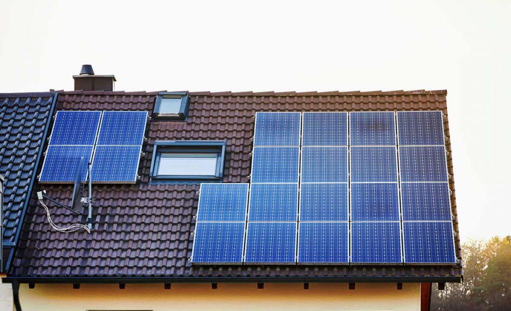 como-funciona-o-sistema-fotovoltaico-com-back-up-de-baterias2
