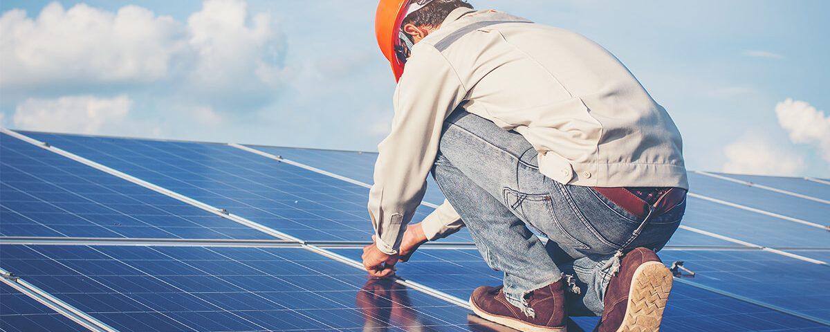 quais-cuidados-preciso-ter-na-manutenção-do-meu sistema-fotovoltaico